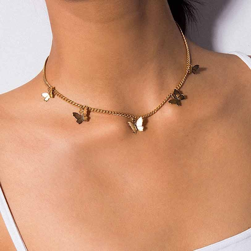 Collana a farfalla con ciondolo a più strati Vintage per donne farfalle luna stella fascino girocollo collane Boho regalo di gioielli di moda 2