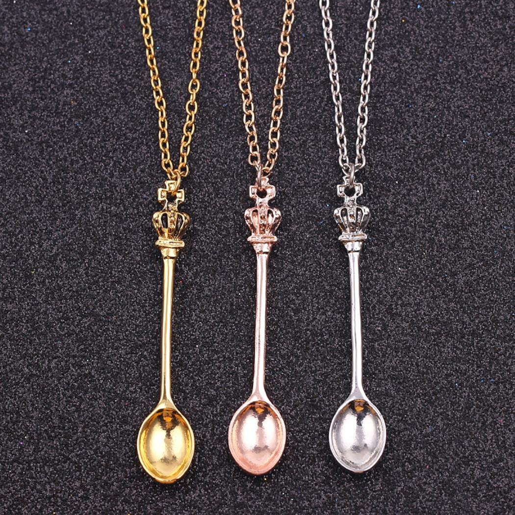 Очаровательное маленькое ожерелье в форме чайной ложки с короной для женщин, 3 цвета, креативная мини-длинная ложка из ювелирных материалов,...
