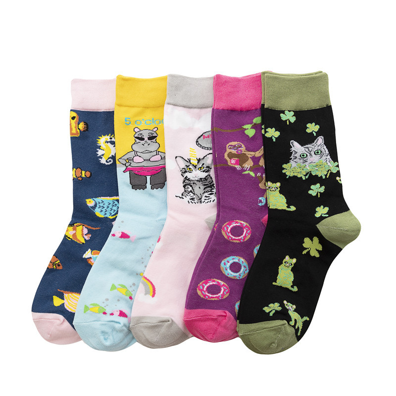 New Arrival Fashion Women's Cotton Crew Socks Funny Cartoon Animal Pattern Creative Colorful Wedding Socks For Female
