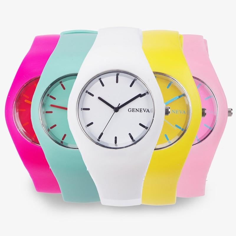 Männer uhr Frauen Creme Farbe Ultra-dünne Mode Geschenk Silikon Strap Freizeit Uhr Genf Sport Armbanduhr frauen Gelee uhren