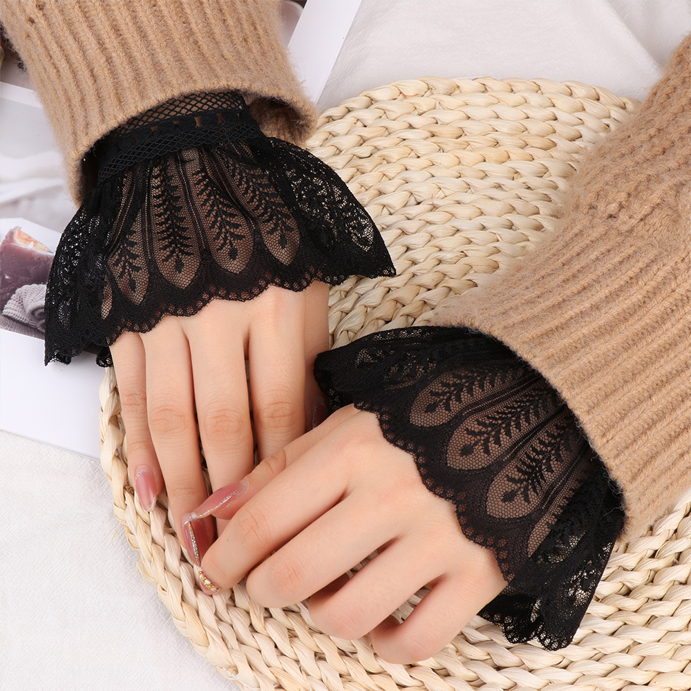 2Pcs Fake Flare Sleeves Floral Lace Pleated Ruched False Cuffs Sweater Blouse Apparel Wrist Warmers Detachable Wrist Cuffs Gift