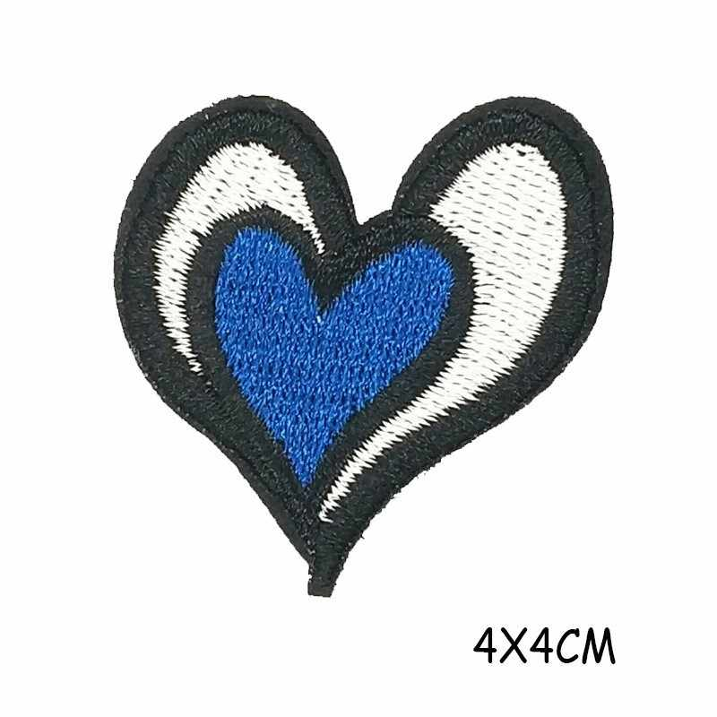 Chameleon Heart Embroidery Patches for Clothing Diy Dark Punk Appliques Coat Bags Shoes Badges Accessories Horse Parches