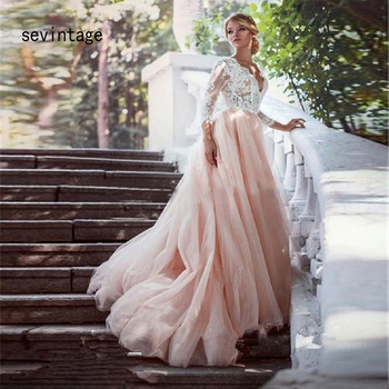 Sexy V-neck Backless Ball Gown Wedding Dresses Lace Three Quarter Sleeves Formal Bridal Gowns Applique Tulle mariage ball gown wedding dresses 2020 sexy backless vintage long sleeves lace appliques flower dubai formal bridal wedding gowns