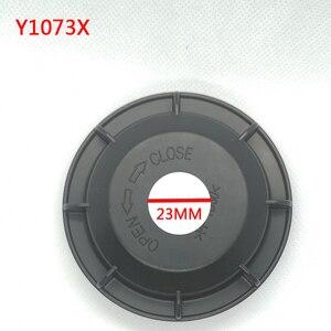 Image 1 - Chevrolet Aveo 헤드 라이트 확장 먼지 커버 용 1 pc LED 전구 개조 백 커버 전조등 전구 먼지 커버 전구 수정