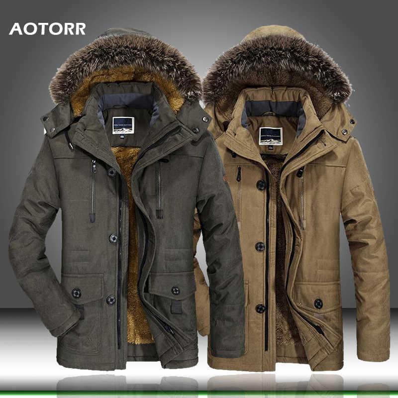2020 nueva chaqueta de invierno gruesa informal para hombre con Cuello de piel Parkas a prueba de viento de talla grande 6XL abrigo cálido de terciopelo ropa de marca para hombre