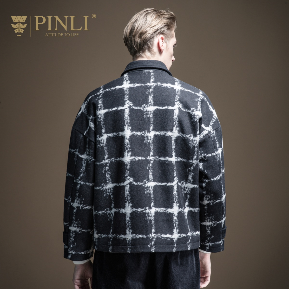 Palto completo Real hecho masculino breve párrafo 2019 otoño la nueva ropa de hombre abrigo de tela celosía ovejas de felpa solapas B193502351 - 3