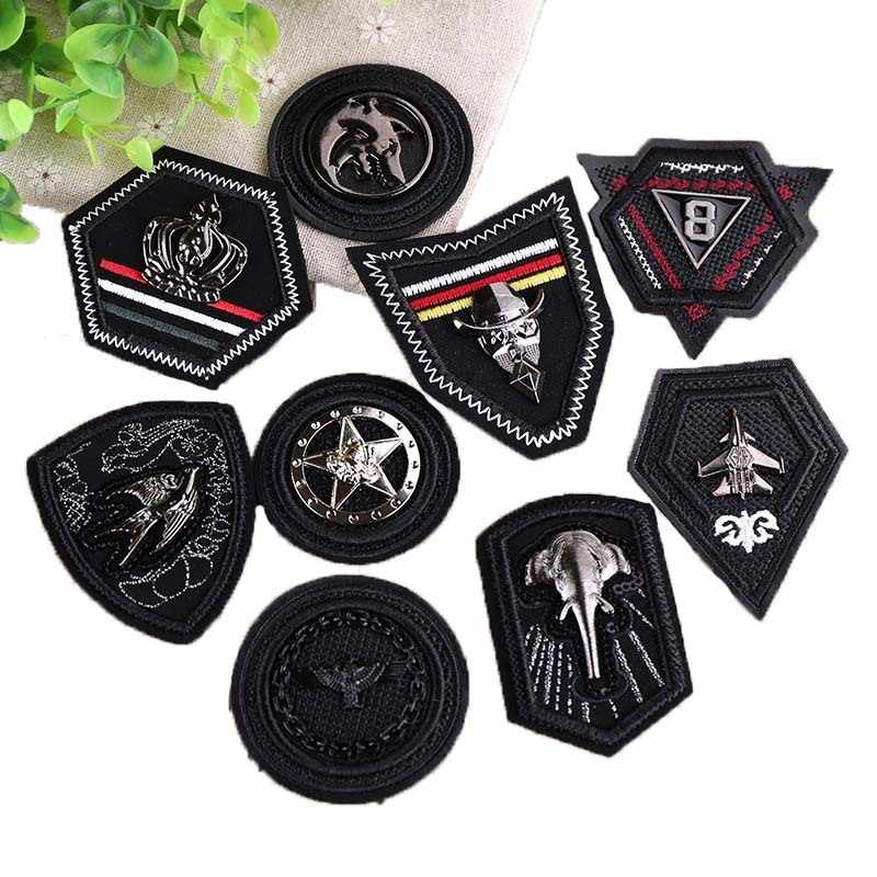 1pc Nieuwe Collectie Stereo Borduurwerk Hoofdstuk Down Kleding Metalen Cool Skin Label Badge Patch Doek Label Punk Black Metal patches