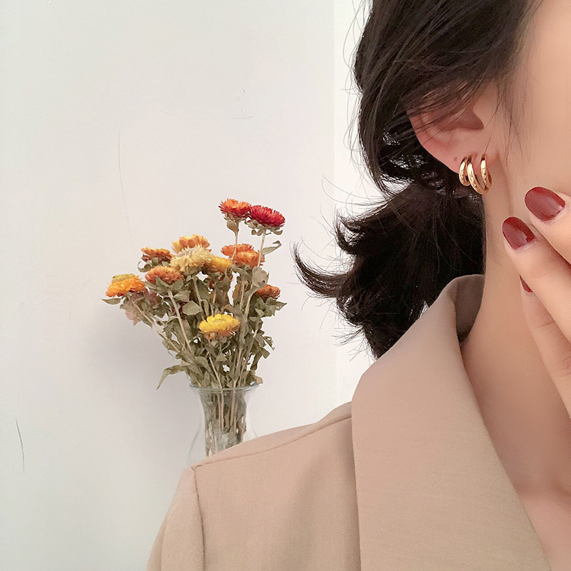 Korean Metal round small stud earrings for women Simple Gold Silver Color geometric cute elegant earings fashion jewelry 2020