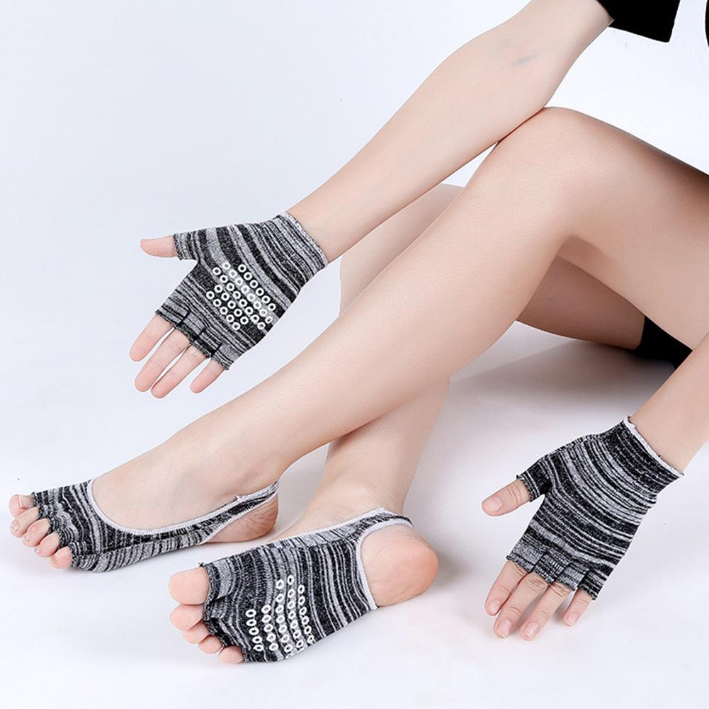 Ladies Yoga Socks + 1pair Glove Suit Sport Five Fingers Socks Yoga Wear Yoga Protection