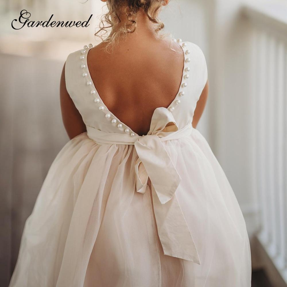 Backless Flower Girl Dresses O-Neck Pearls Sashes Long Girls Wedding Party Dresses Sleeveless A-Line Tulle Communion Dresses