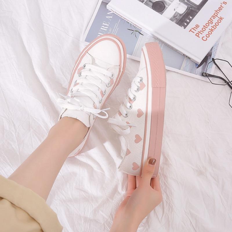 2019 QWEDF Korean Women's Autumn White Shoes Flat Shoes Women's White Sneakers Vintage Canvas Shoes Canvas Schoenen X3-87
