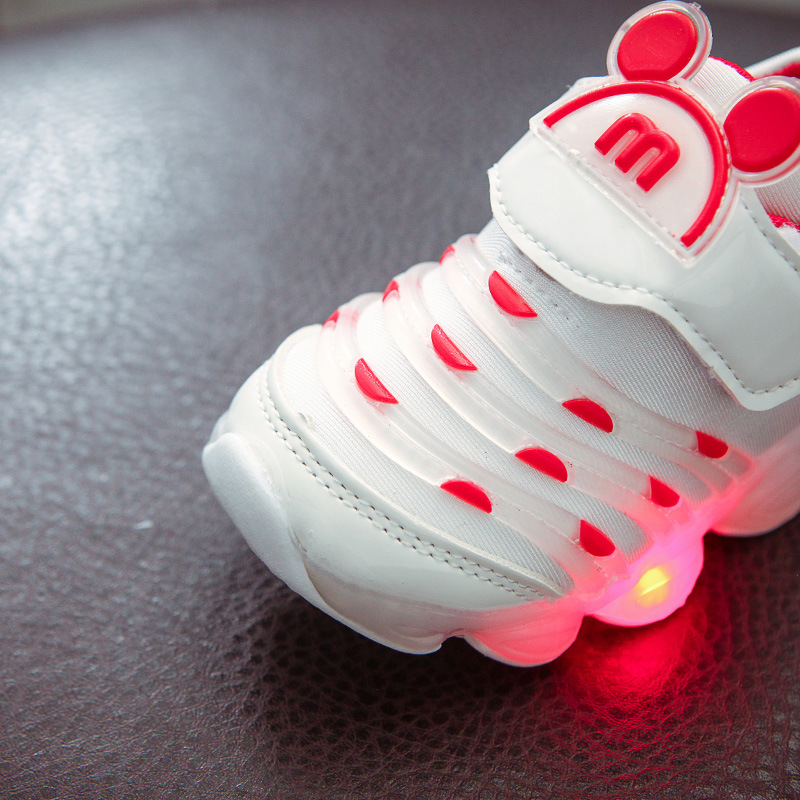 Kids Boys Girls LED Flash Shoes Light Baby Toddler Running Sneakers Light Weight
