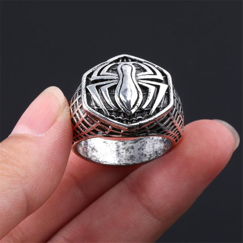 Hot New Marvel Spider Man Retro Ring Cosplay Badge Accessories Alloy Creative Fans Gift
