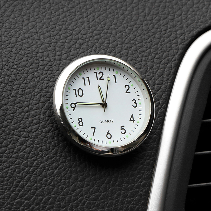 자동차 시계 빛나는 미니 자동차 내부 스틱 온 디지털 시계 역학 석영 시계 자동 장식 자동차 액세서리 선물