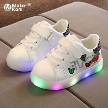 Size 21-30 Children Non-slip Glowing Shoes Baby Wear-resistant Luminous Sneakers Girls Led Light Up Shoes Boys Casual Sneakers cheap Mater Kom 13-24m 25-36m CN(Origin) Four Seasons Lighted unisex LED Shoes Rubber Fits true to size take your normal size