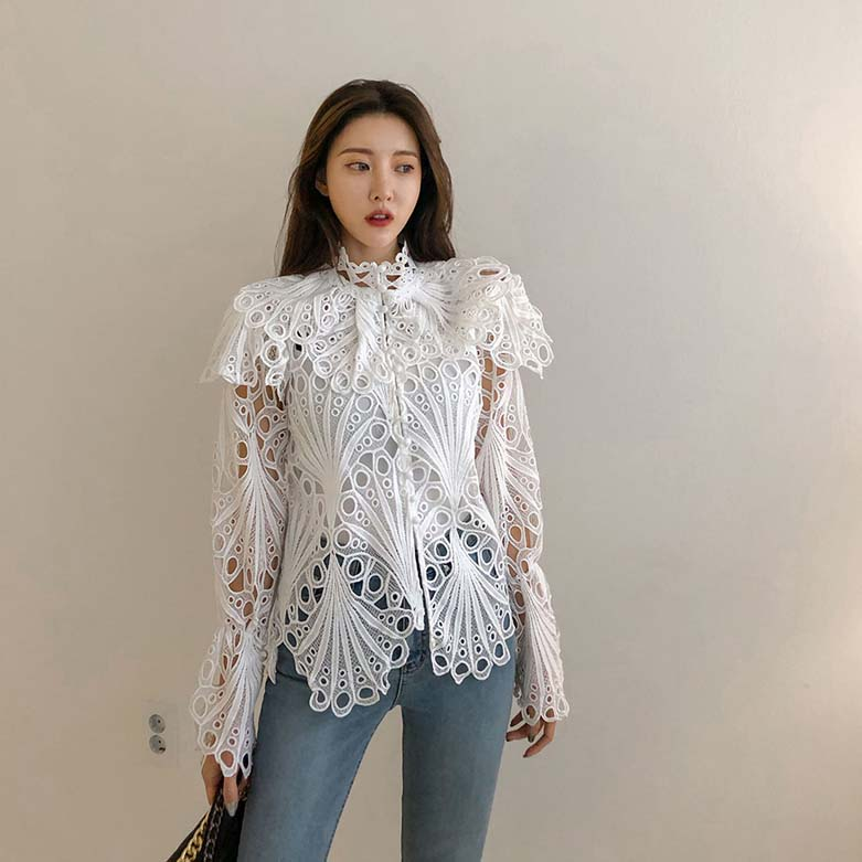 H646dfce9e6ef496e93d7bd4f9e1afdbaI - Spring / Autumn Stand Collar Flare Long Sleeves Hollow Out Blouse with Tank Top