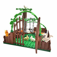 City Friends Building Blocks Play Yard Moc Bricks Farm Animals Tree Montessori Toys for Children DIY Blocks Compatible Baseplate