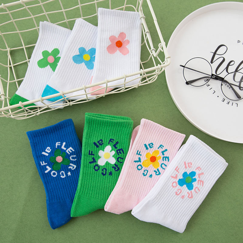 Beauty Flower Socks Golf Long Tube Stockings Women's Classics Knee High Socks Sport Long Socks