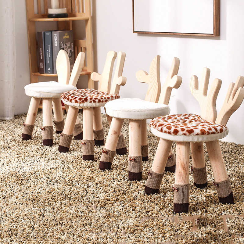 Kids Stool Solid Wood Chair For Children Cartoon Deer Rabbit Non-slip Bench Foot Stool Kindergarten School Home Kids Furniture