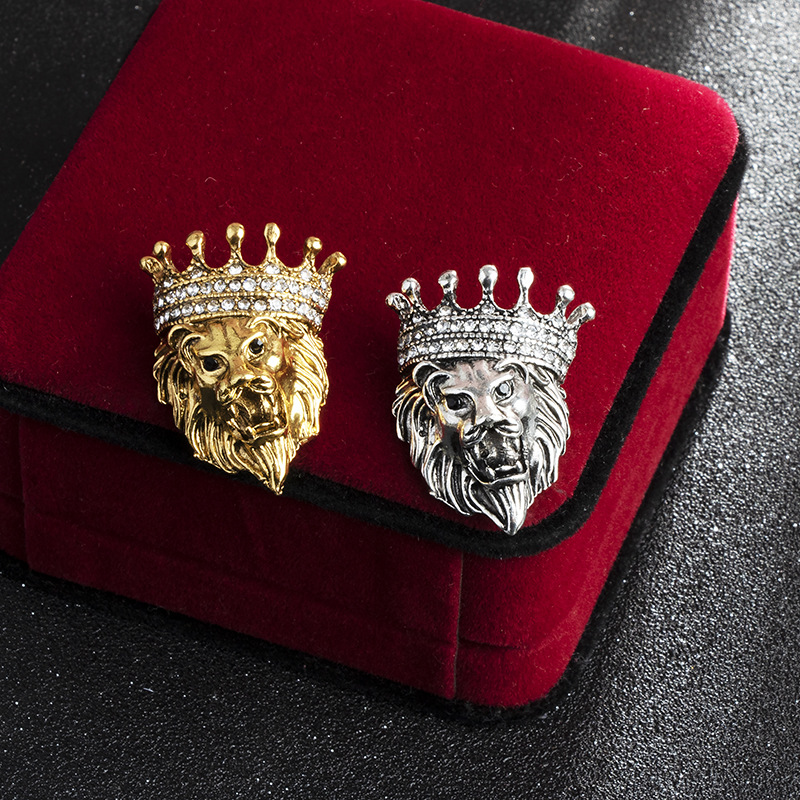 Vintage Animal Lion Head Brooch Crystal Crown Lapel Pin for Men and Women Suit Shirt Collar Pins Brooches Jewelry Accessories 2
