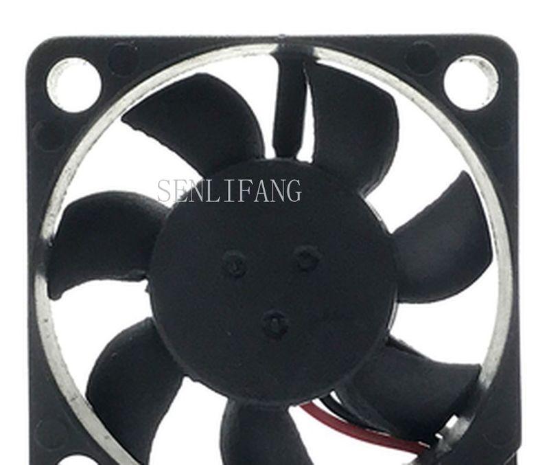 Free Shipping MC30060V1-000U-F99 DC 5V 0.56W 30x30x6mm 3-Wire Server Cooler Fan