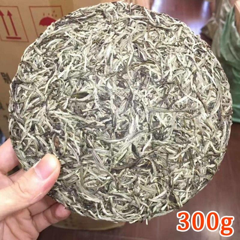 Natural Organic Chinese Fujian Old Fuding Bai Hao Yin Zhen Silver Needle White Tea Cake 300g