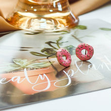 Small earrings, women's face shape, Korean fashion, simple personality, color contrast doughnuts, irregular earrings, earrings a
