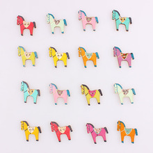 Multicolor Horse Mixed 2Hole Wooden Buttons Christmas DIY Decor Child Clothes Sewing Buttons Crafts Scrapbooking Decorativos E