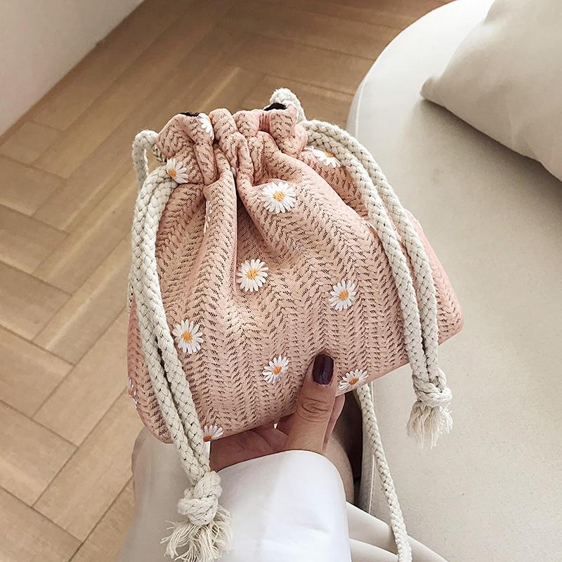 Vento Marea Small Bucket Straw Bag Crossbody For Women 2020 New Floral Summer Bag Knitting Beach Style Girls's Purse And Handbag