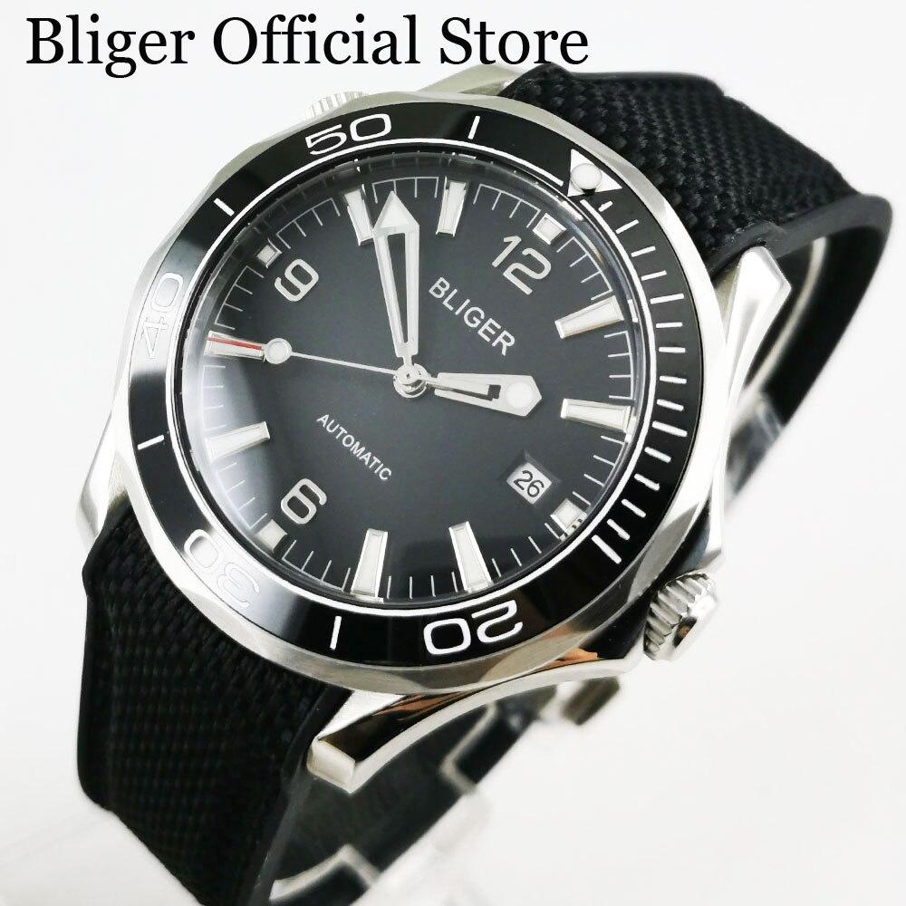 Hohe Qualität Männer Armbanduhr 40mm Zifferblatt Schwarz Datum Fenster SS Fall Sapphire Glas Gummi Strap-in Mechanische Uhren aus Uhren bei