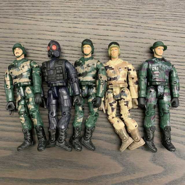 """5Pcs GI Joe Military The Ultimate Soldier WWII Soldier 3.75"""" action figure Soldiers model kid toys Randomly"""