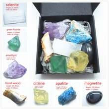 Шероховатый минеральный кристалл камень натуральная смесь сырой