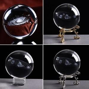 6cm Gravierte Solar System Geschenk Desktop Kugel Mit Basis Planeten Modell Miniatur Foto Requisiten Dekoration Klar 3D Kristall Ball