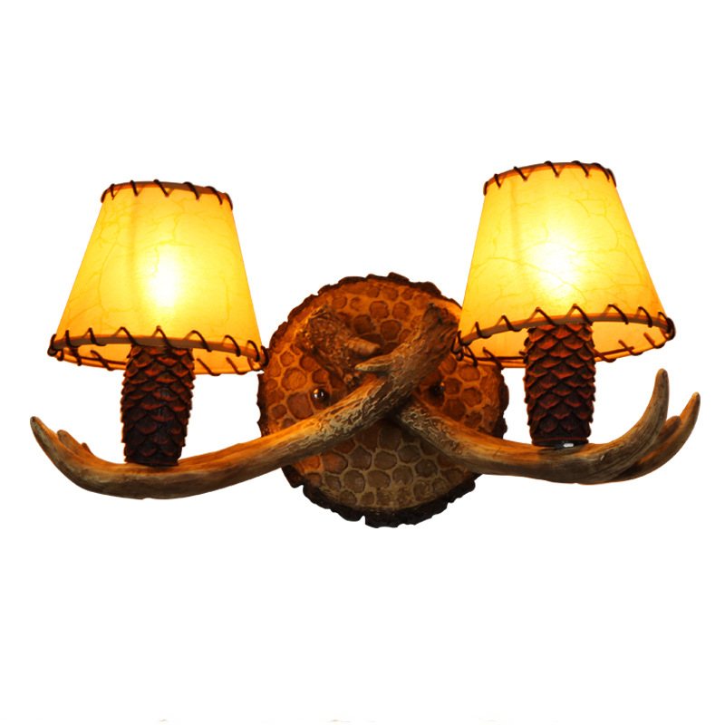 Country Retro Wall Light Imitation Pinecone Shape Wall Lamp Cafe Inn Club Bar Antler Decoration Sconce