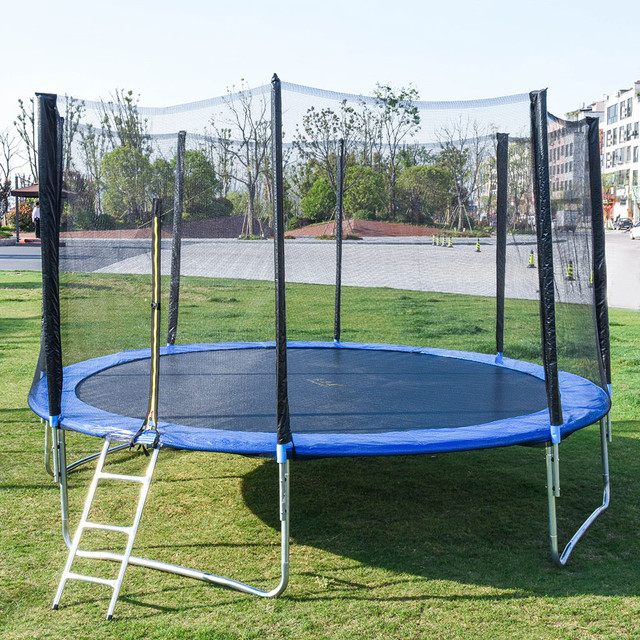 12 FT Trampoline With Large Safety  4