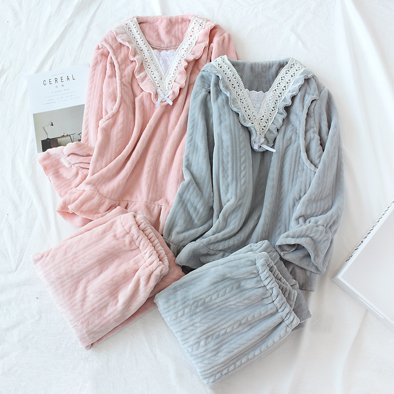 Autumn And Winter Comfort Month Maternity Clothes Flannel Solid Color Stitching Lace Side Pajamas Thickening Postpartum Suit