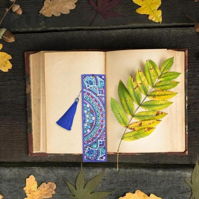 DIY Special Shaped Diamond Painting Leather Bookmark Christmas Gifts Diamond Embroidery Craft Tassel Book Marks for