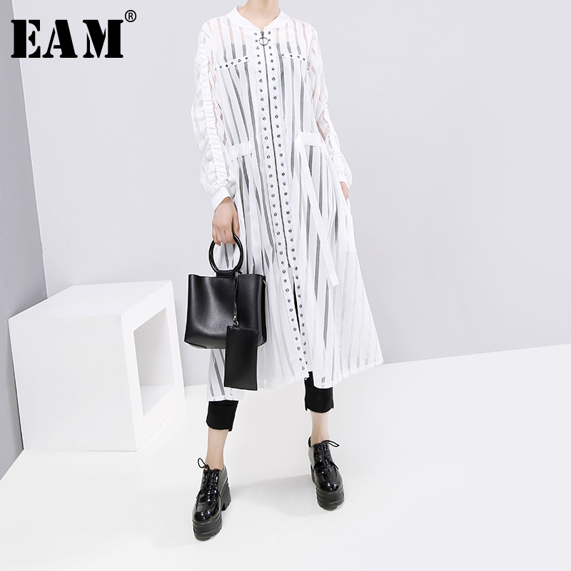 [EAM] Women White Hollow Out Drawstring Big Size Dress New Stand Collar Long Sleeve Loose Fit Fashion Spring Autumn 2019 1B724