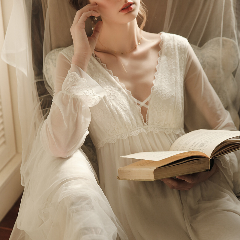 2020 Sexy Victorian Sleep Wear Night Dress Vintage Lace Nightgown Long Sleeve Nightdress White Cotton Sleepwear Women Nightshirt