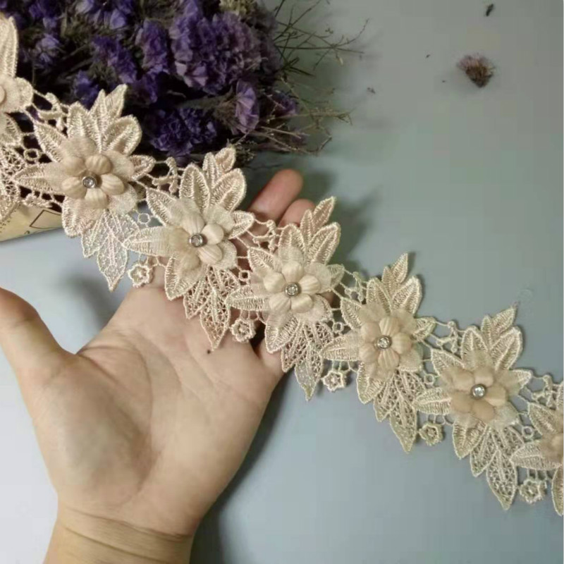 Gold Venise Lace Trim 1 Metre    Sewing//Costume//Crafts