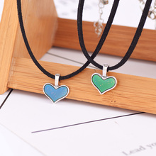 2020 Fashion Mood Choker Heart Pendant Necklace Temperature Control Color Change Heart Choker Necklace Women Jewelry Girls Gift rose gold color love heart knot pendant necklace for women small heart charm pendant choker necklace girls jewelry 2020 new