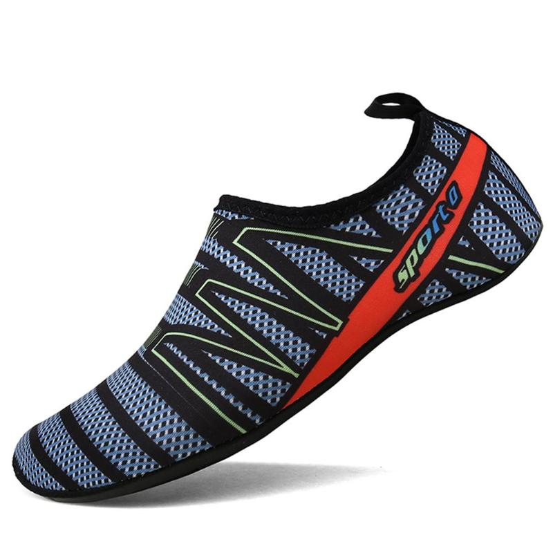 Men Aqua Slip-on Sneakers Water Sports Swimming Shoes New Pattern Outdoor Anti-skid Beach Diving  Quick Dry Flat Footwear