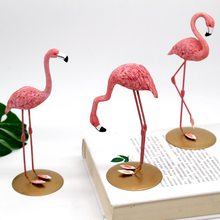 Home decoration creative Flamingo resin decoration Nordic living room TV cabinet lovers decoration home decore home decor