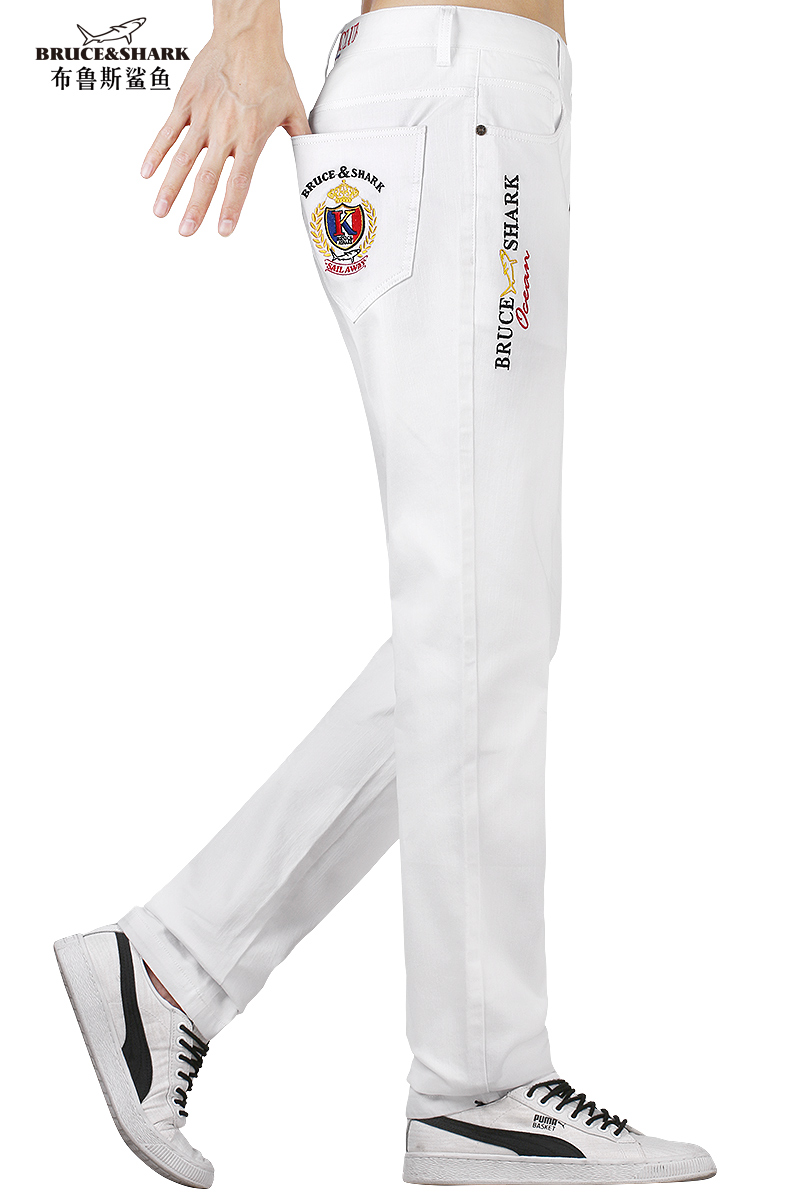 New Men Jeans White Stretch Loose  Jeans Fashion Casual  Youth Style Denim Trousers  Embroidery White Pants Male Jeans Big Size