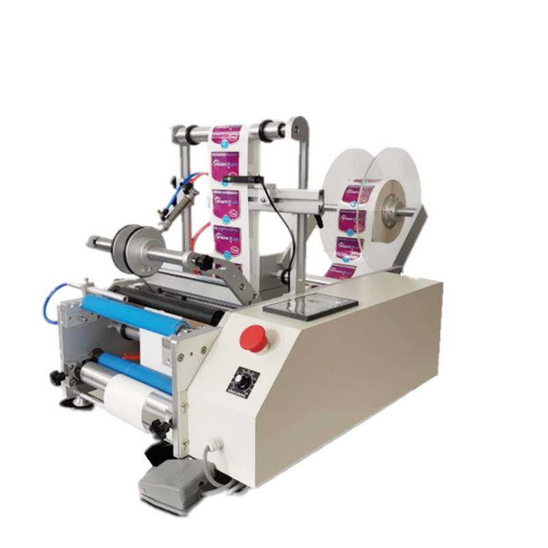 Semi automatic double sides beer bottle labeling machine with production counting function