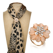 Gariton 2019 New Arrival Crystal Flowers Scarf Simple Tube Pin Shawl Button Ring Buckle