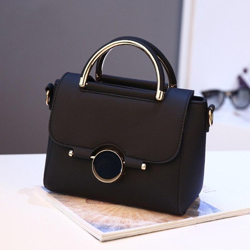 Women's Bag 2018 New Korean Edition Single Shoulder Crossing Bag Handbag Fashion Small Stone Lock Button Bag One Substitute