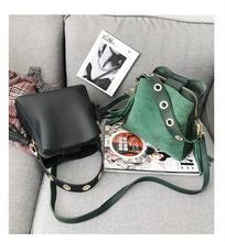 2019 Scrub Tote Women Bucket Bags Vintage Tassel Handbags Messenger Bag Retro Shoulder Bag Simple Crossbody Bag High Quality