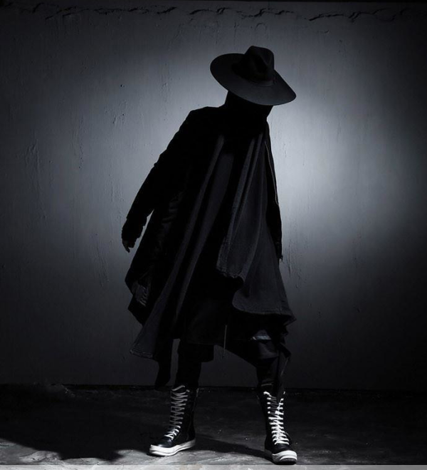 Large hooded men's individual robes dark wizard's hoodie cloak long cardigan coat coat Cape Robe