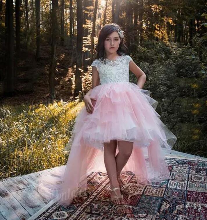 Haut bas 2019 robes de demoiselle d'honneur pour les mariages robe de bal manches Cap Tulle dentelle longues robes de première Communion petite fille